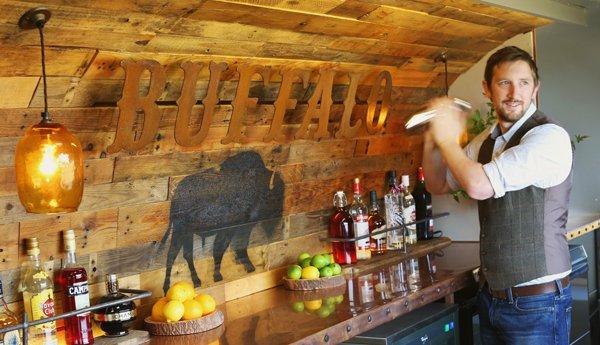Cocktail bar for festivals